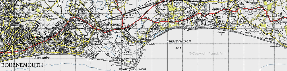 Old map of Mudeford in 1940