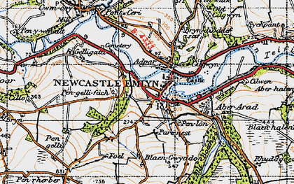 Old map of Newcastle Emlyn in 1947