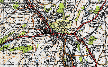 Old map of Pontypool in 1947