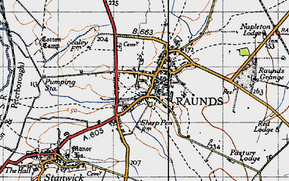 Old map of Raunds in 1946