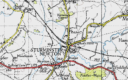Old map of Sturminster Newton in 1945