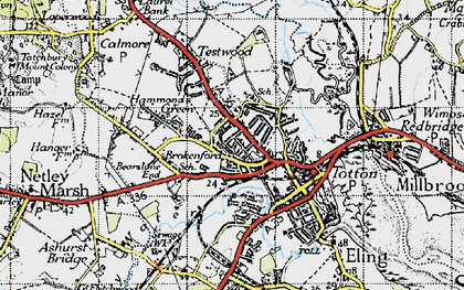 Old map of Totton in 1945