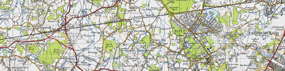 Old map of Winchfield Hurst in 1940