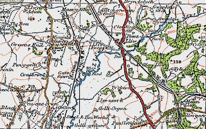 Old map of Bach-y-gwreiddyn in 1923