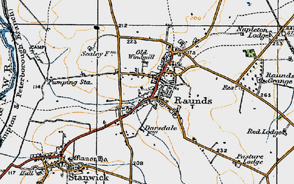 Old map of Raunds in 1919