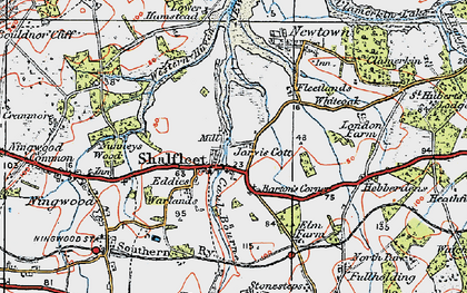 Old map of Shalfleet in 1919