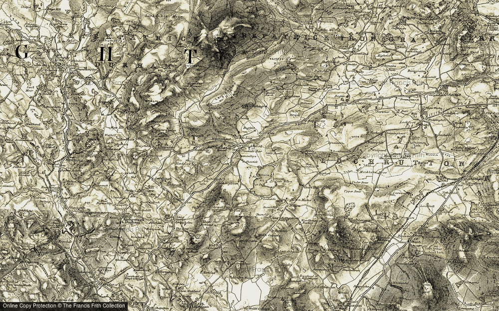 Old Map of Historic Map covering Auchenreoch Loch in 1904-1905