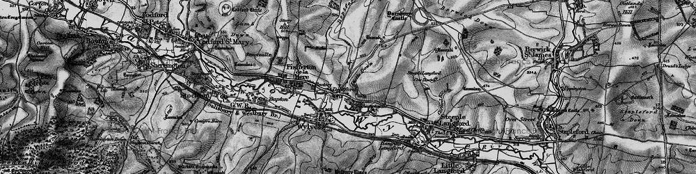 Old map of Yarnbury Castle in 1898